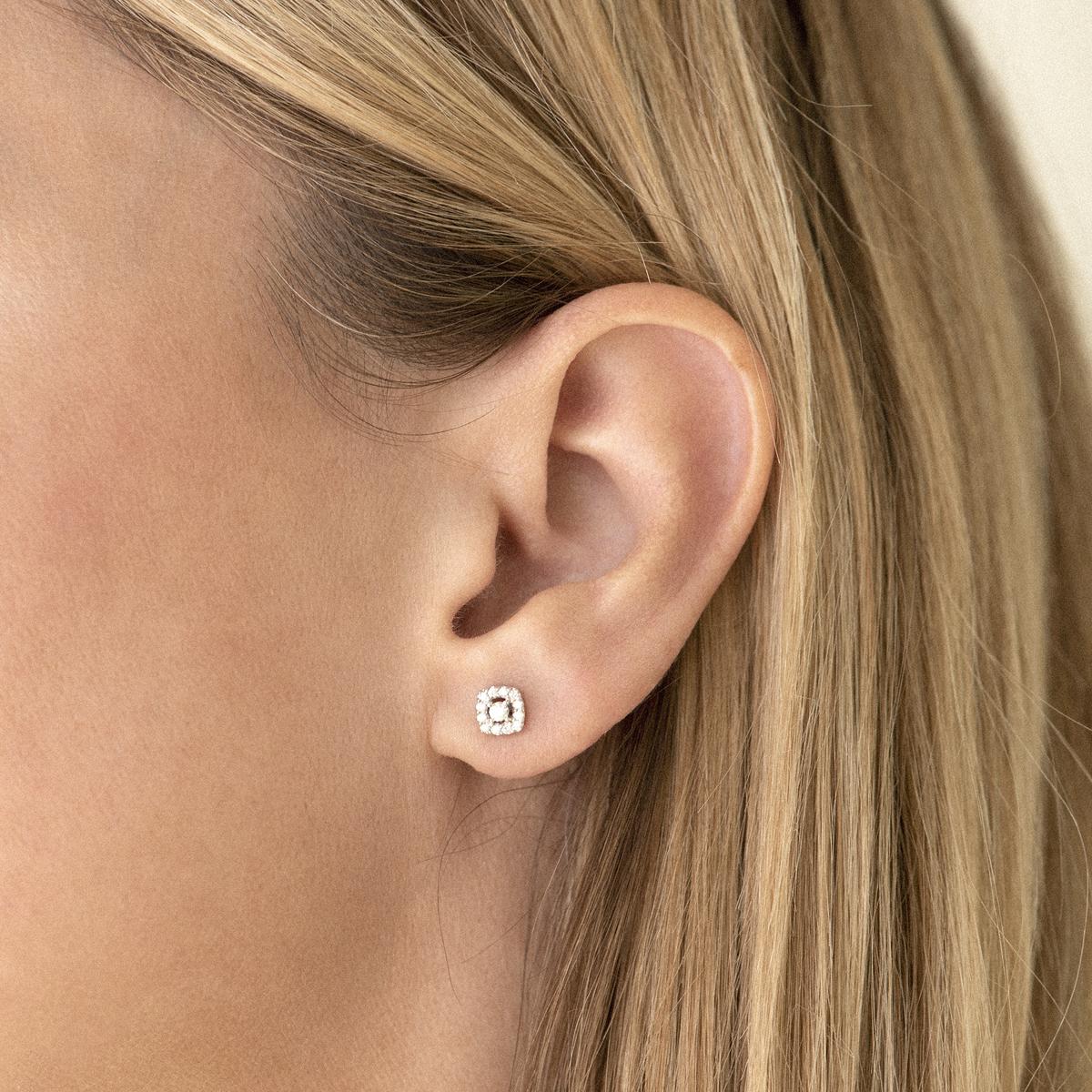 salina earrings in yellow gold