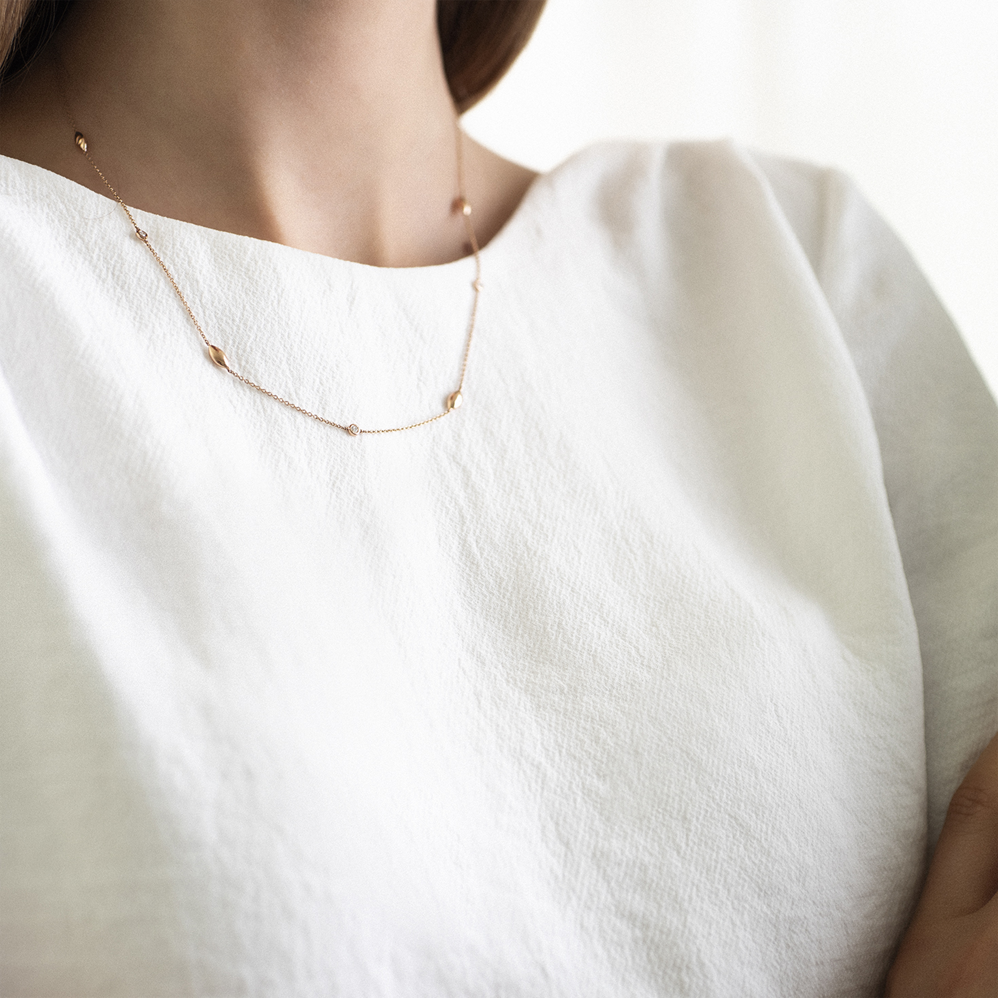 vulsini necklace in yellow gold