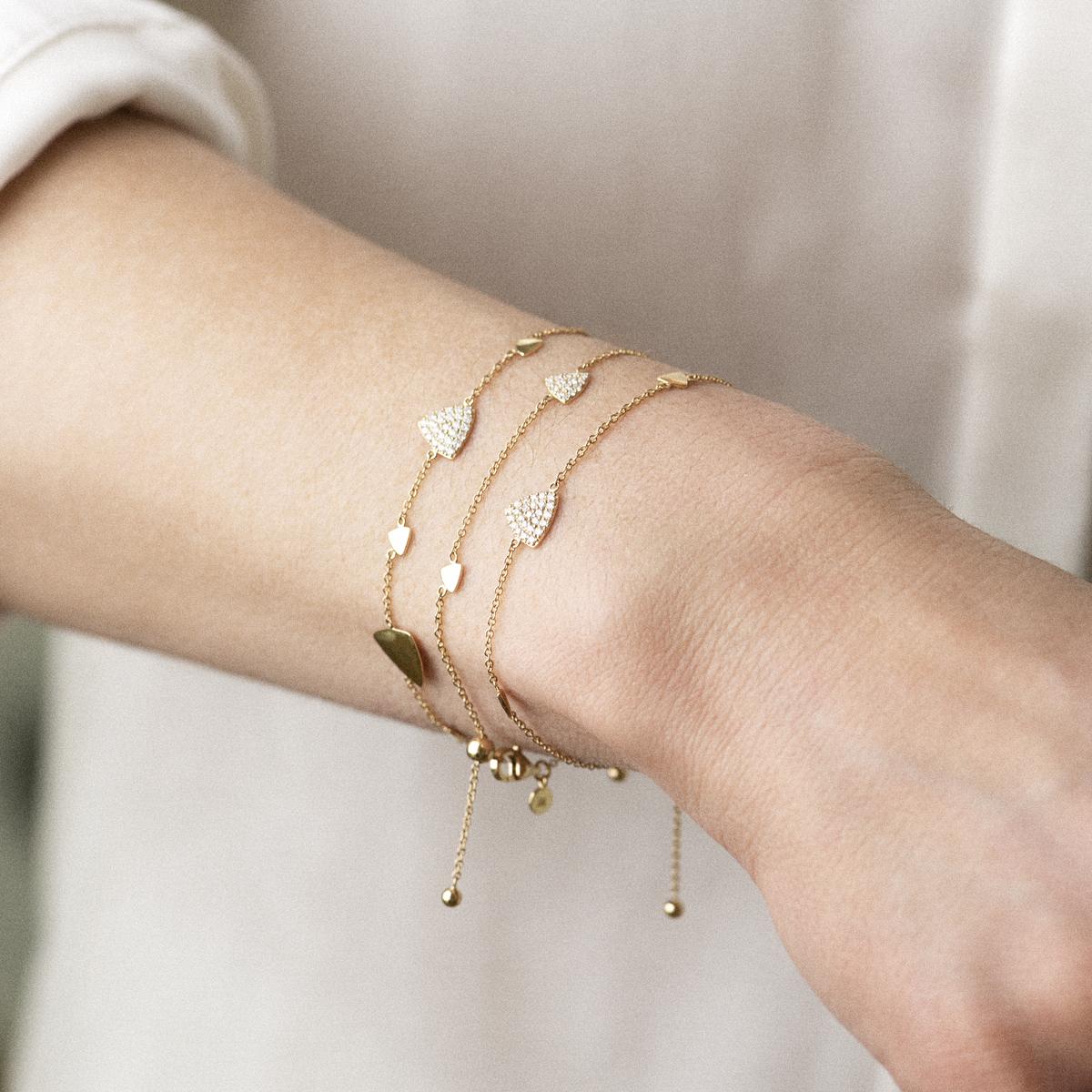 eolo bracelet in yellow gold